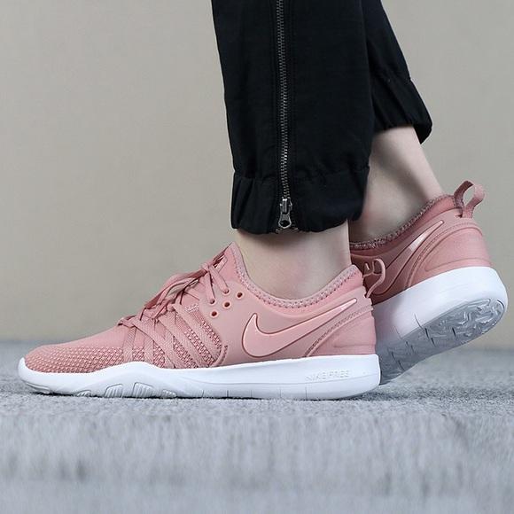ddf0709b912b Nike Rose Pink Free TR 7 Sneakers